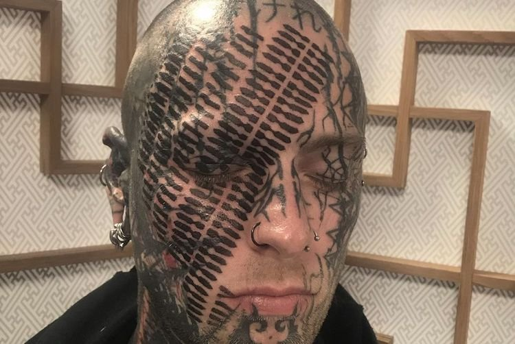 25 Extreme Face Tattoos That You Need to See to Believe