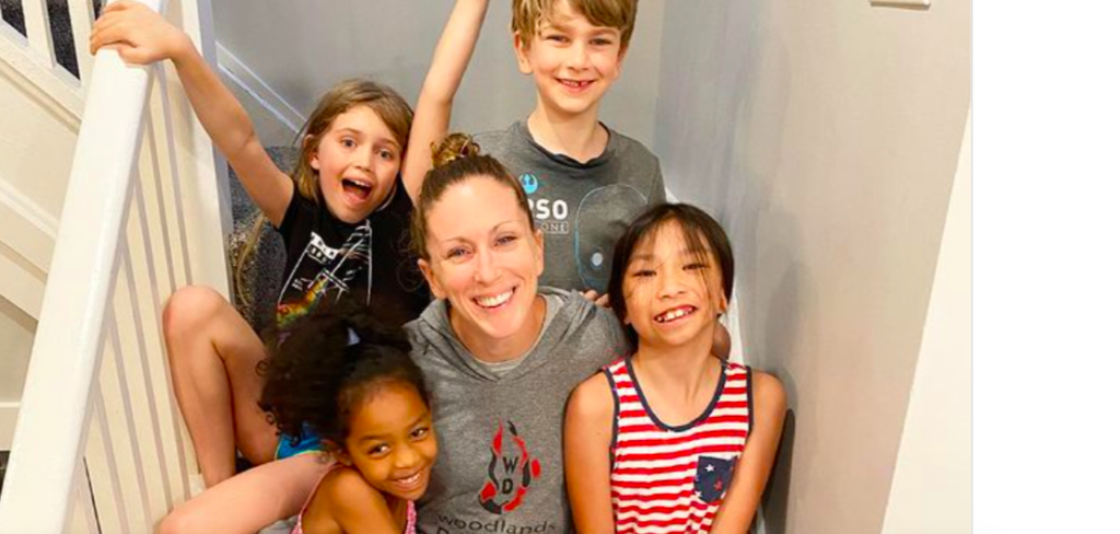Olympic Gold Medalist Diver Laura Wilkinson, Mother Of 4, Diving Again After 9 Year Retirement