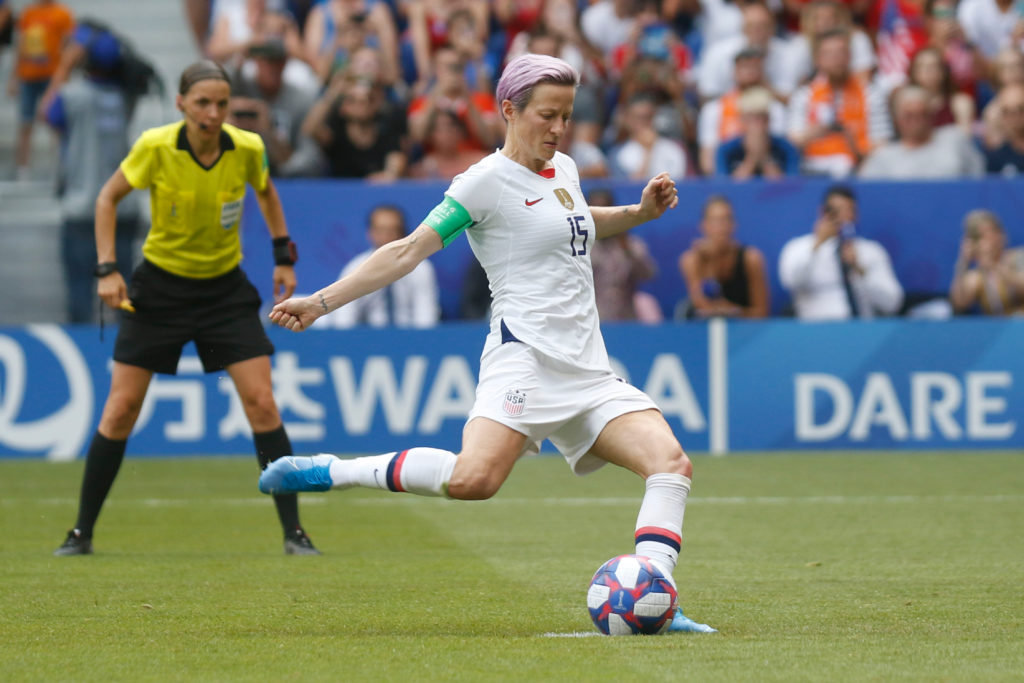 25 of the Most Famous Women Soccer Players From USWNT