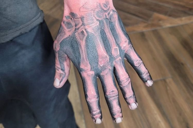 30 Skeleton Hand Tattoos