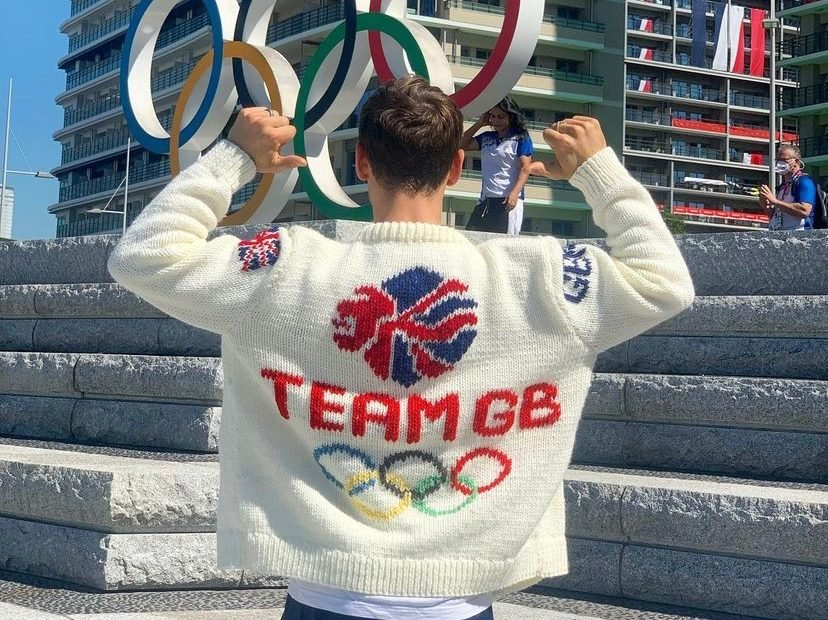 Tom Daley Has Impressive Diving AND Knitting Skills- This is What He Made to Remember the 2020 Olympics