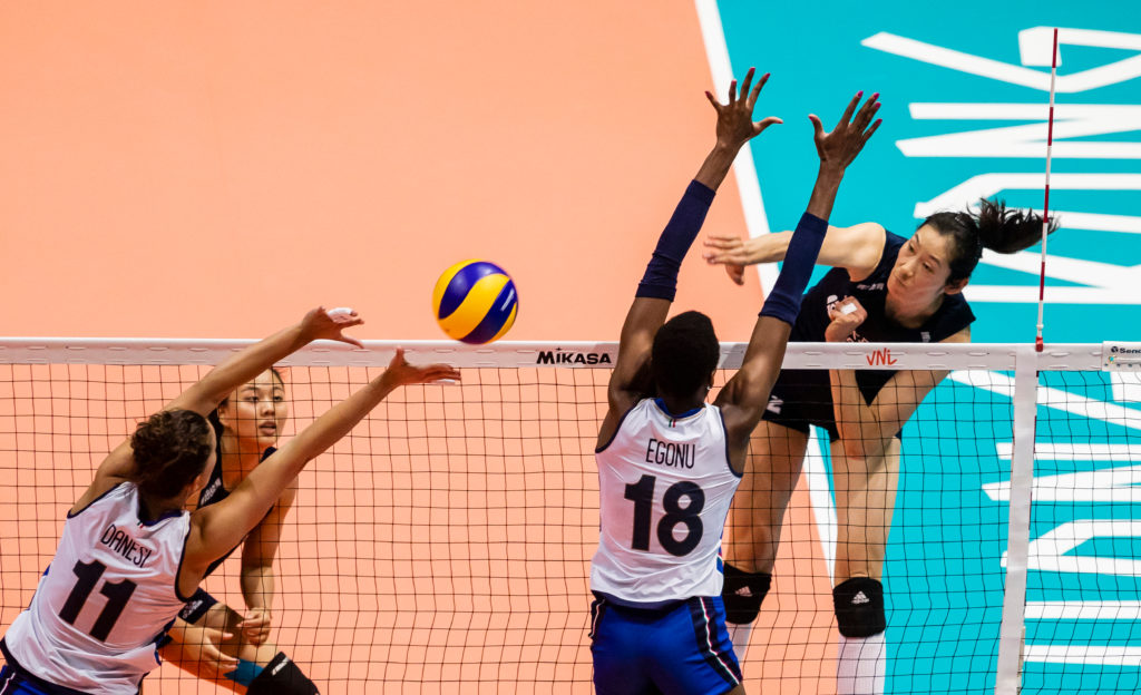 20 Of The Best Volleyball Players