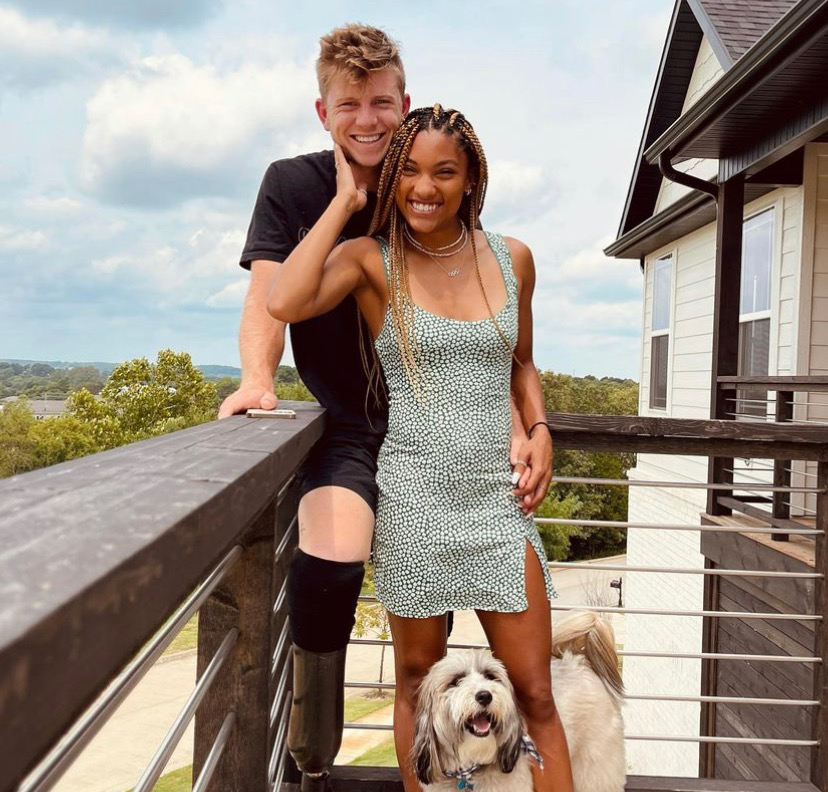 Hunter Woodhall, Track and Field Paralympic Star, Vlogs His Engagement to Tara Davis Through Amazing TikTok – Hunter Woodhall is known for his incredible performance on the track considering he is a two-time Paralympic sprinter who proudly has three medals.