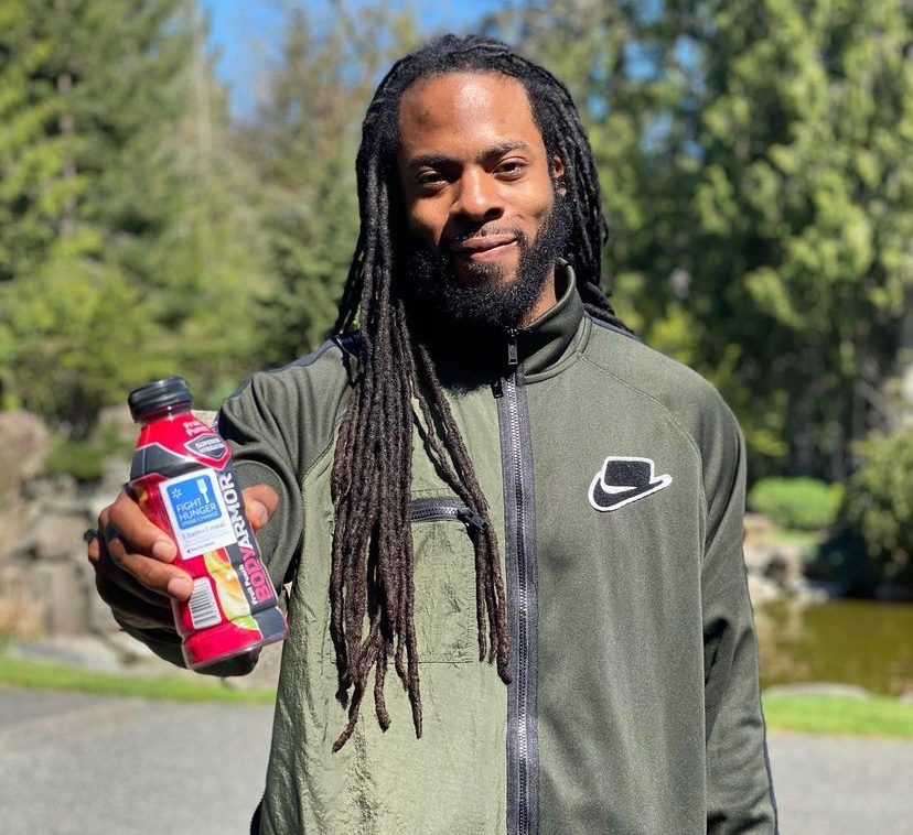 Tom Brady Asked Richard Sherman to be a Tampa Bay Buccaneer – NFL cornerback Richard Sherman will be officially departing from the San Francisco 49ers and joining the Florida-based team, the Tampa Bay Buccaneers.