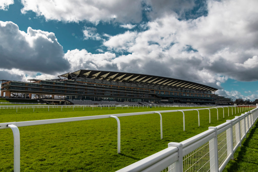 25 of the Top Horse Race Tracks in the World
