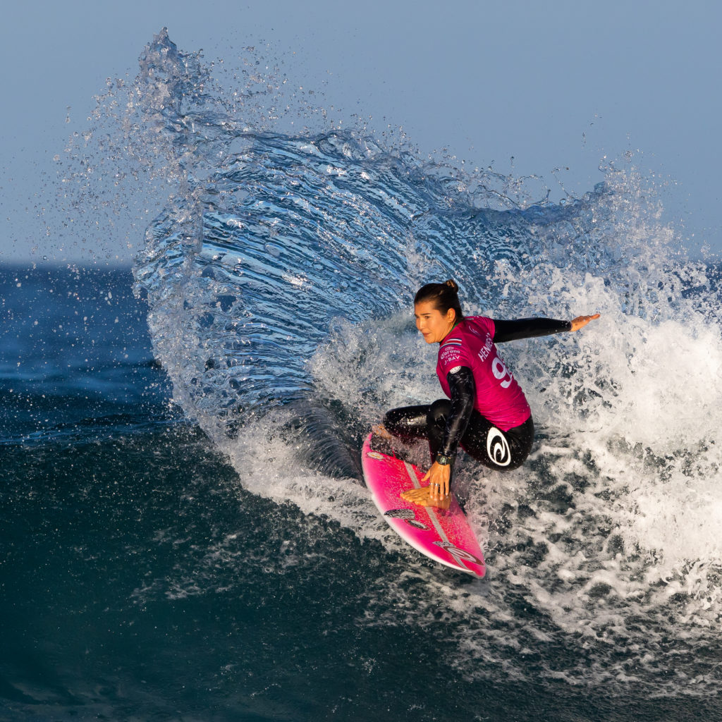 25 Best Women Surfers of All Time