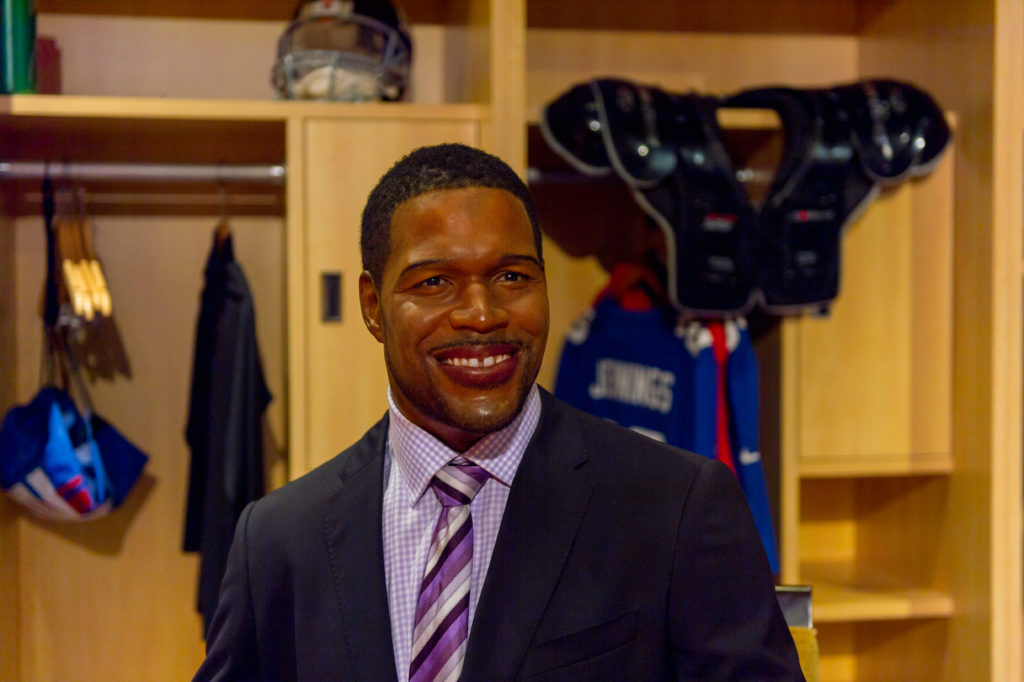 Michael Strahan Surprised With AMAZING News From Teammates: His Iconic Jersey Is Being Retired on November 28th – Former New York Giants star athlete Michael Strahan just received a shocking surprise from his teammates on live television.